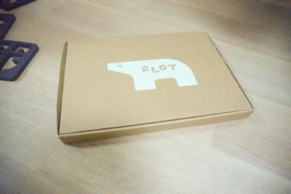 知育玩具 FLOT